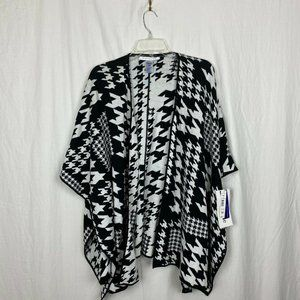 NWT Peter Nygard Women's Houndstooth Poncho - OS